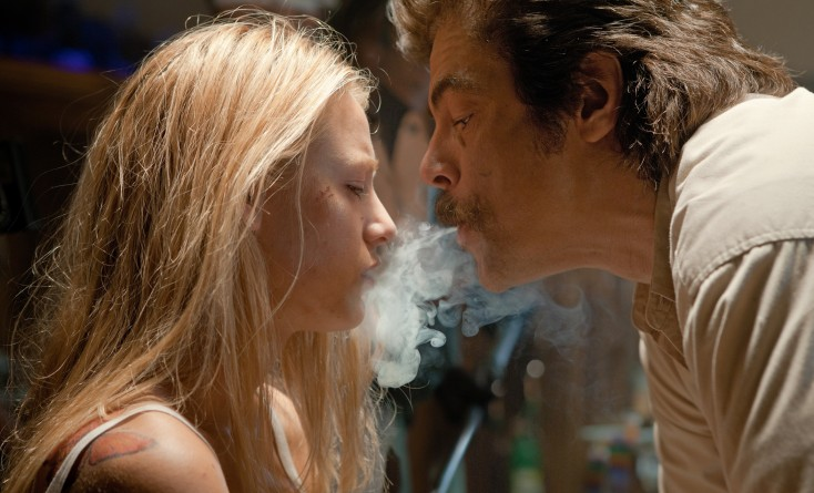 Blake Lively Gets Gritty in Oliver Stone's 'Savages' – 4 Photos