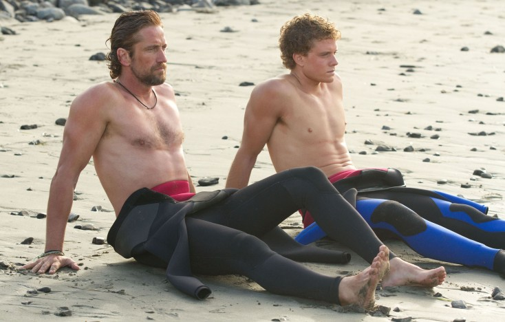 Gerard Butler Hangs Ten in 'Chasing Mavericks' – 3 Photos