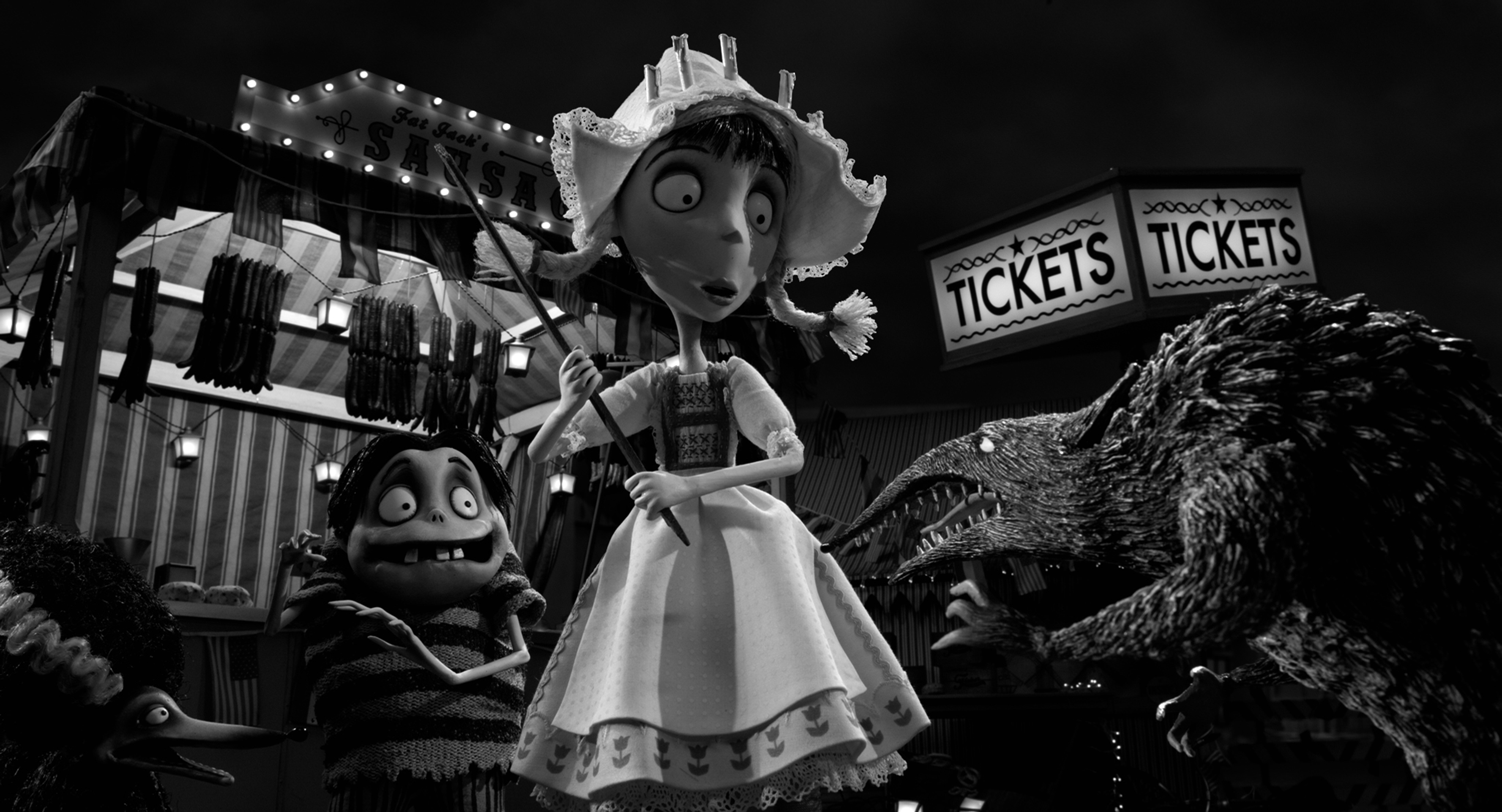 Winona Ryder From Beetlejuice To Frankenweenie Front Row Features