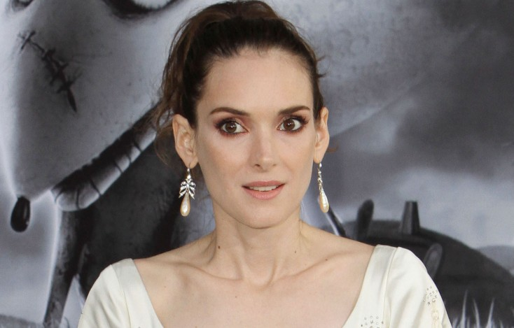 Winona Ryder: From 'Beetlejuice' to 'Frankenweenie' – 3 Photos