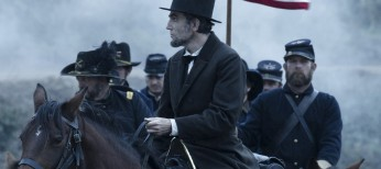 Spielberg, Day-Lewis Talk 'Lincoln' – 3 Photos