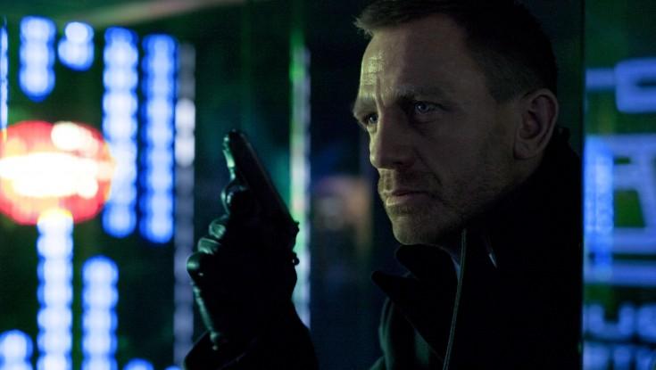 Daniel Craig Reprises Bond in 'Skyfall'