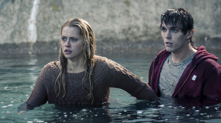 Teresa Palmer is All Too Human in 'Warm Bodies' – 3 Photos