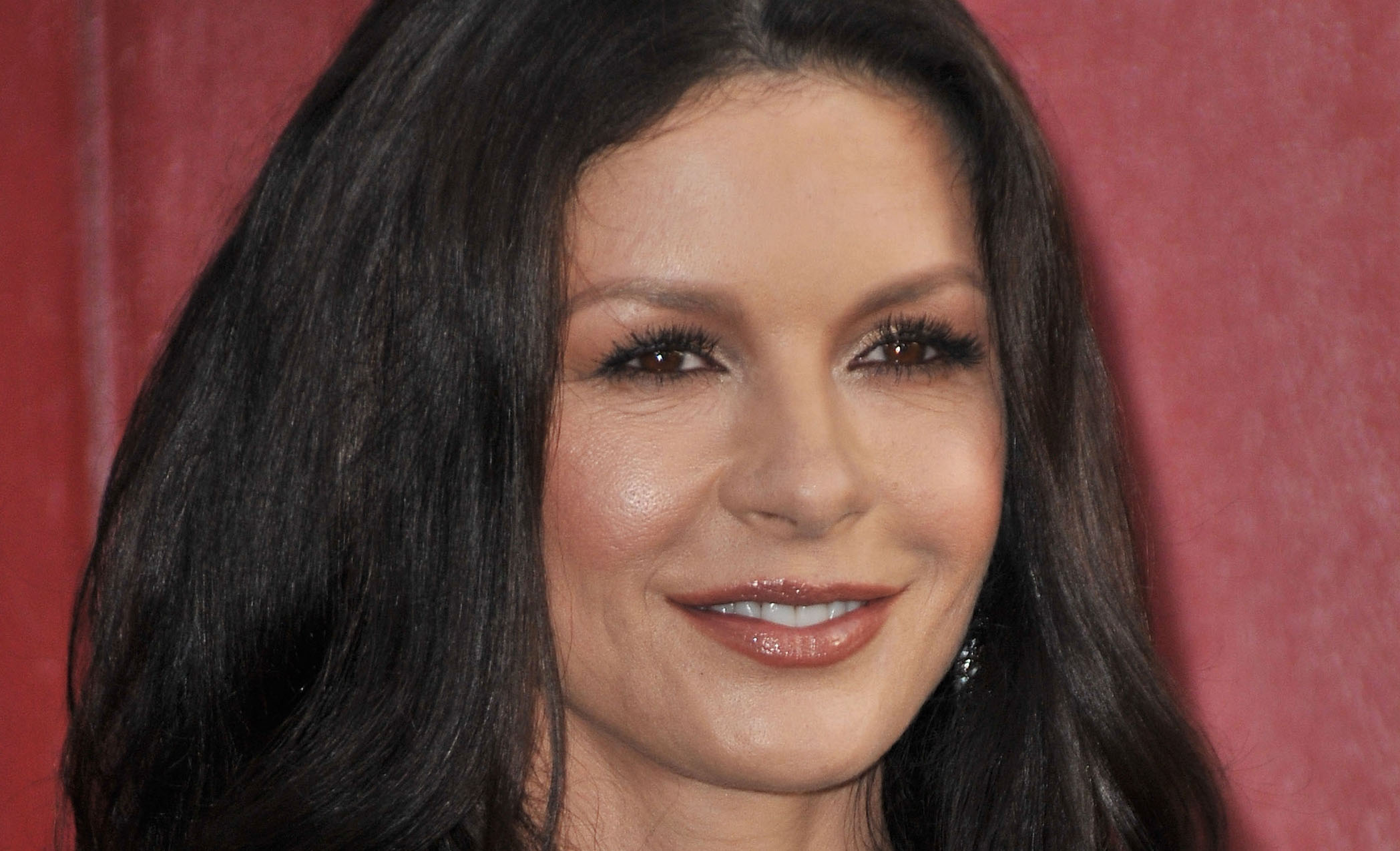 Catherine Zeta Jones Oscars 2013 Performance Zeta-jones to be part of