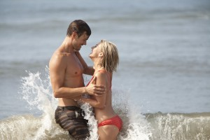 "Josh Duhamel and Julianne Hough star in Relativity Media's ""Safe Haven."" ©Relativity Media. CR: JOames Bridges."
