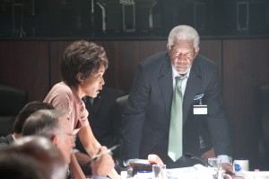 "Morgan Freeman confers with Angela Bassett about The White House situation in ""Olympus Has Fallen."" ©Film District. CR: Phil Caruso."