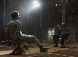 "(L to R) Jack (TOM CRUISE) is grilled by Beech (MORGAN FREEMAN) in ""Oblivion."" ©Universal Studios. CR: David James."