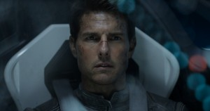 "TOM CRUISE stars as Jack Harper in ""Oblivion."" ©Universal Studios."