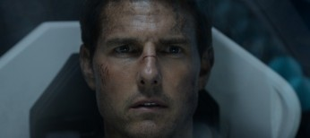 Cruise Soars in Stylish 'Oblivion'