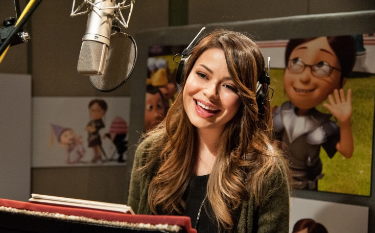 Miranda Cosgrove Reprises Brainy Margo in 'Despicable Me 2'