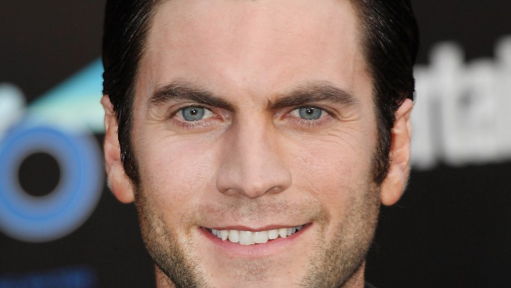 EXCLUSIVE: Wes Bentley Brushes Up in 'Time Being' – 2 Photos