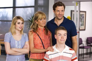 "(l-r) Emma Roberts, Jennifer Aniston, Jason Sudeikis and Will Poulter star in ""We're The Millers."" ©Warner Bros. Entertainment. CR: Michael Tackett"