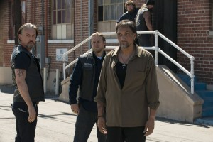 "(L-R) Tommy Flanagan as Filip 'Chibs' Telford, Charlie Hu nnam as Jackson 'Jax' Teller, Jimmy Smits as Nero Padilla in ""SONS OF ANARCHY."" ©FX. CR:Prashant Gupta."