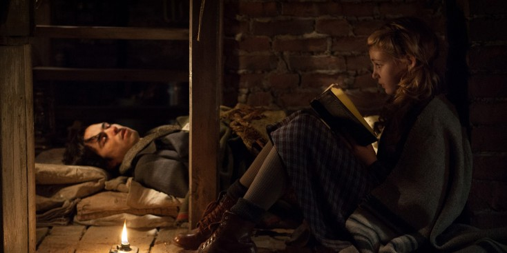 Rush, Nelisse Steal a Moment in 'Book Thief' – 4 Photos