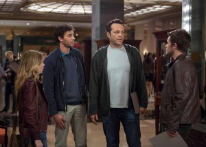 "Affable underachiever, David Wozniak (Vince Vaughn, center right) hides his true identity from (left to right) Kristen (Britt Robertson), Taylor (Amos VanderPoel) and Josh (Jack Reynor), who have gathered to discuss a pending lawsuit to discover the identity of their biological father in DreamWorks Pictures' ""Delivery Man"". ©DreamWorks II Distribution Co., LLC.  CR: Jessica Miglio"