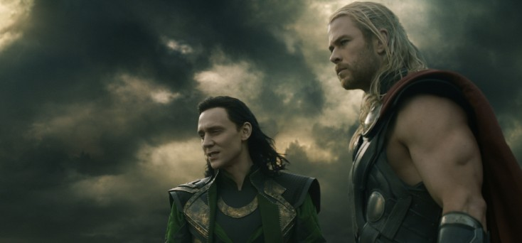 Hemsworth, Hiddleston Revel in Onscreen Sibling Rivalry