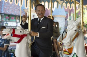 "Walt Disney (Tom Hanks) takes a ride in ""Saving Mr. Banks"". ©Disney Enterprises. CR: Francois Duhamel."