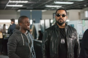 "(L to R) KEVIN HART and ICE CUBE lead the lineup in ""Ride Along."" ©Universal PIctures. CR: Quantrell D. Colbert."