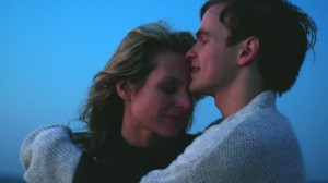 (l-r) Jessalyn Gilsig and Graham Patrick Martin in SOMEWHERE SLOW. ©Logolite Entertainment.