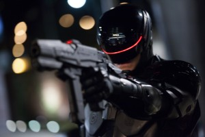 Joel Kinnaman stars in Columbia Pictures' ROBOCOP. ©Columbia Pictures/MGM.