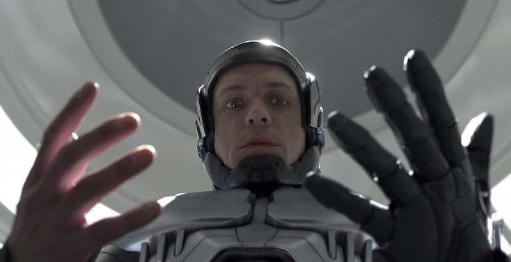 Joel Kinnaman On the Beat in 'RoboCop' Update