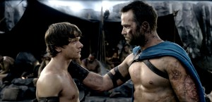 (l-r) JACK O'CONNELL as Calisto and SULLIVAN STAPLETON as Themistokles in 300: RISE OF AN EMPIRE. ©Warner Bros. Entertainment/Legendary Pictures.