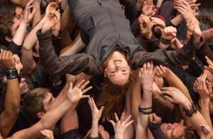 SHAILENE WOODLEY stars in DIVERGENT. ©Summit Entertainment. CR: Jaap Buitendijk.