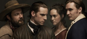 Jamie Bell Leaps Into Revolutionary War Series 'Turn' – 3 Photos