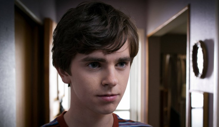 Freddie Highmore Talks 'Bates Motel' Season Finale – 3 Photos