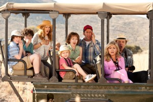 (L-r) KYLE RED SILVERSTEIN as Tyler, BRAXTON BECKHAM as Brendan, DREW BARRYMORE as Lauren, ALYVIA ALYN LIND as Lou, EMMA FUHRMANN as Espn, ADAM SANDLER as Jim, JESSICA LOWE as Ginger and KEVIN NEALON as Eddy in BLENDED. ©Warner Bros. Entertainment. CR: David Bloomer.