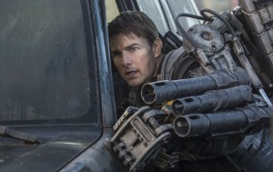 Tom Cruise as Cage in EDGE OF TOMORROW. ©Warner Bros. Entertainment. CR: David James.