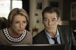 Emma Thompson (Kate) and Pierce Brosnan (Richard) in a scene from THE LOVE PUNCH, directed by Joel Hopkins. ©Ketchup Entertainment. CR: Thibault Grabherr.