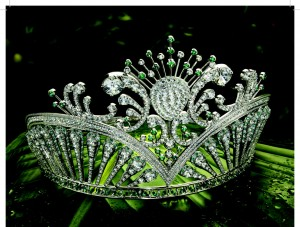 "The ""Miss USA"" Crown with Emeralds . ©NBC Universal."