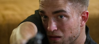 Robert Pattinson Heads Down Under for 'The Rover' – 3 Photos