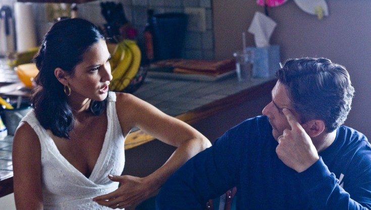 Olivia Munn 'Delivers' as Protective Mom in Horror Flick – 3 Photos