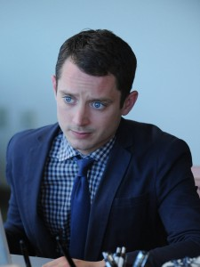 Elijah Wood as Ryan Newman in WILFRED. ©FX Networks. CR: Ray Mickshaw/FXX