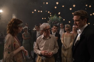 Left to right: Emma Stone, Director Woody Allen and Colin Firth on the set of MAGIC IN THE MOONLIGHT. ©Gravier Productions. CR: Jack English.