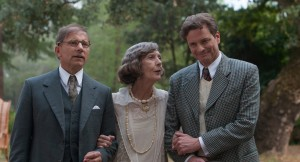 Left to right: Simon McBurney as Howard Burkan, Eileen Atkins as Aunt Vanessa and Colin Firth as Stanley in MAGIC IN THE MOONLIGHT. ©Gravier Productions. CR Jack English.