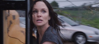 From Zombies to Tornadoes, Sarah Wayne Callies Tackles Another Heroic Role – 4 Photos