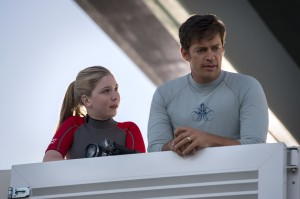 COZI ZUEHLSDORFF as Hazel Haskett and HARRY CONNICK JR. as Dr. Clay Haskett in DOLPHINE TALE 2. ©Alcon Entertainment. CR: Wilson Webb.