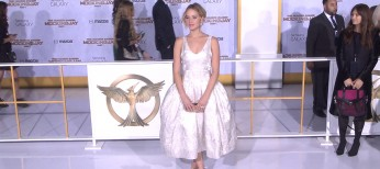 Jennifer Lawrence Makes Cream the New Black at 'Mockingjay Part 1′ Premiere