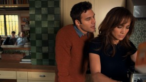 RYAN GUZMAN as an obession with JENNIFER LOPEZ in THE BOY NEXT DOOR. ©Universal Pictures.