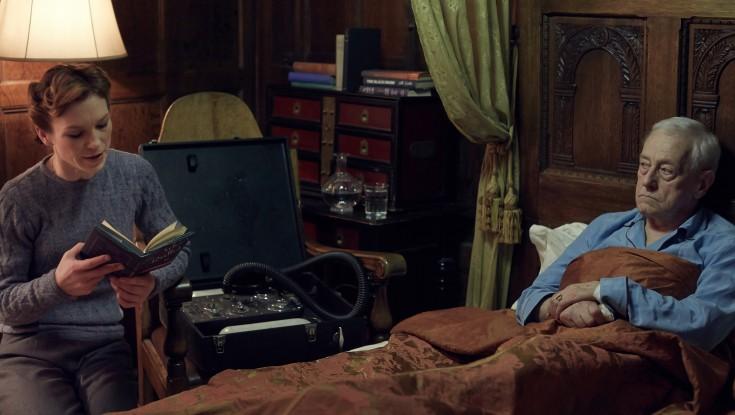 No Mr. Nice Guy Role for 'Frasier' Star John Mahoney – 2 Photos