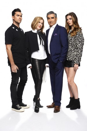 (l-r) Dan Levy, Catherine O'Hara, Eugene Levy and Annie Murphy star in SCHITT'S CREEK. ©PopTV.