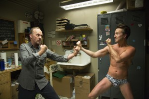 (l-r) Michael Keaton and Edward Norton in BIRDMAN. ©Fox Searchlight. CR: Alison Rosa.