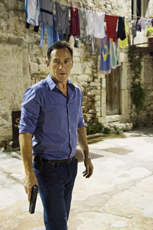 Jason Isaacs as Peter Connelly  in DIG. ©USA Network. CR: Ronen Akerman/USA Network.