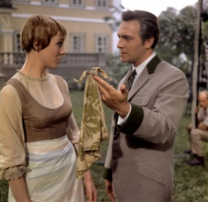 (l-r) Julie Andrews and Christopher Plummer star in THE SOUND OF MUSIC. ©20th Century Fox Home Entertainment.