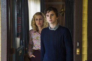 (l-r) Vera Farmiga and Freddie Highmore star in BATES MOTEL. ©A&E. CR: James Dittiger.