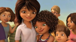 Tip (Rihanna, center right) shares a moment with her mom Lucy (Jennifer Lopez, center left) in HOME. ©DreamWorks Animation.