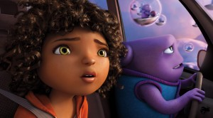 (l-r) Tip (Rihanna) and Oh (Jim Parsons) take to the skies as they embark on an incredible global adventure. in HOME. ©DreamWorks Animation.